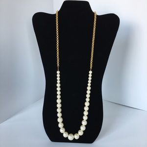 Pearl Beads and Gold Chain Necklace